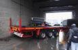 Un autobuz Transurb plin cu călători a fost lovit în plin de un tir sub podul de la Filești