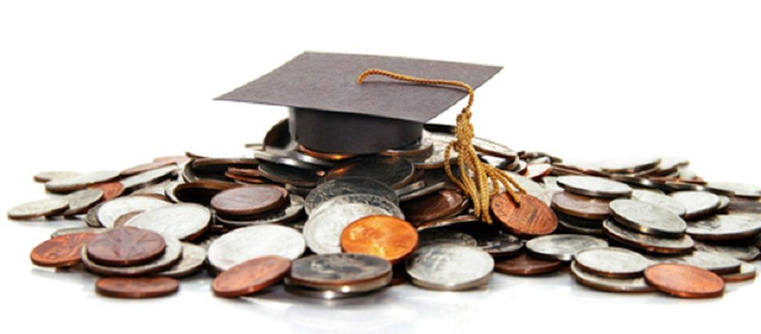 Bursele elevilor, neplătite din primăvară