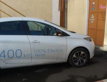 Premieră națională: Universitatea Dunărea de Jos are mașină electrică și stație de alimentare