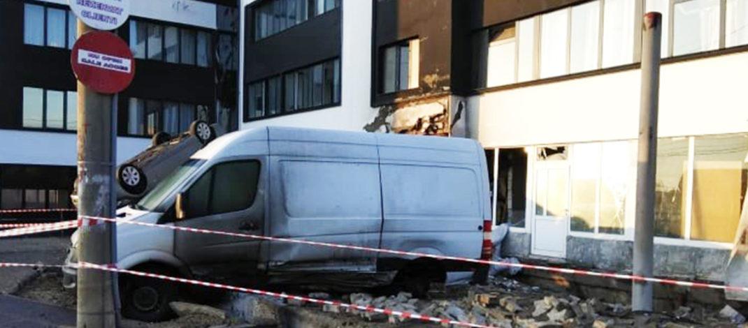 Incidentul de pe strada Frunzei s-ar putea repeta oricând. Autoritățile au descoperit mai multe foste stații PECO care ar putea exploda
