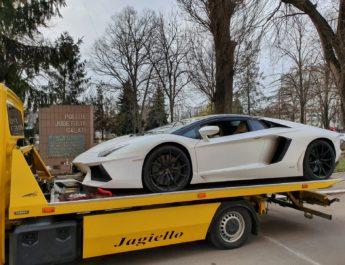 Tristețe fără margini: un Lamborghini Aventador a rămas orfan